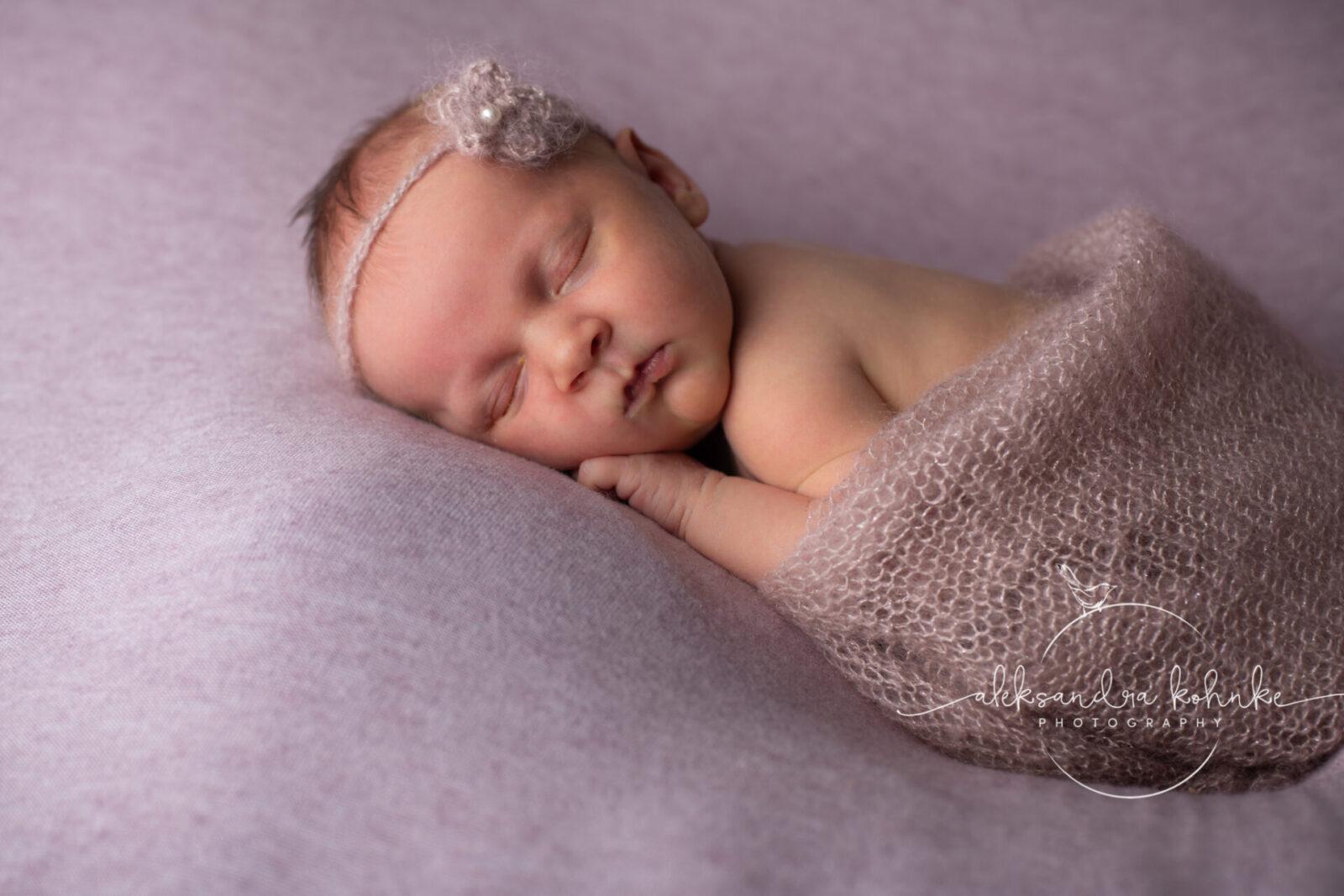 Fotografin Rapperswil und Jona;Newborn Fotos, Fotograf Rapperswil-Jona,Fotograf, Neugeborenen Fotos