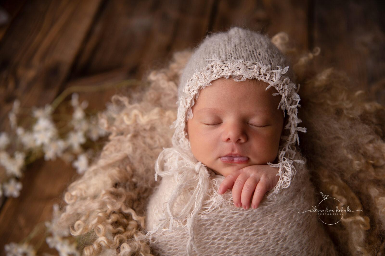 Newbornshooting und Familienfotos Vintage Stil